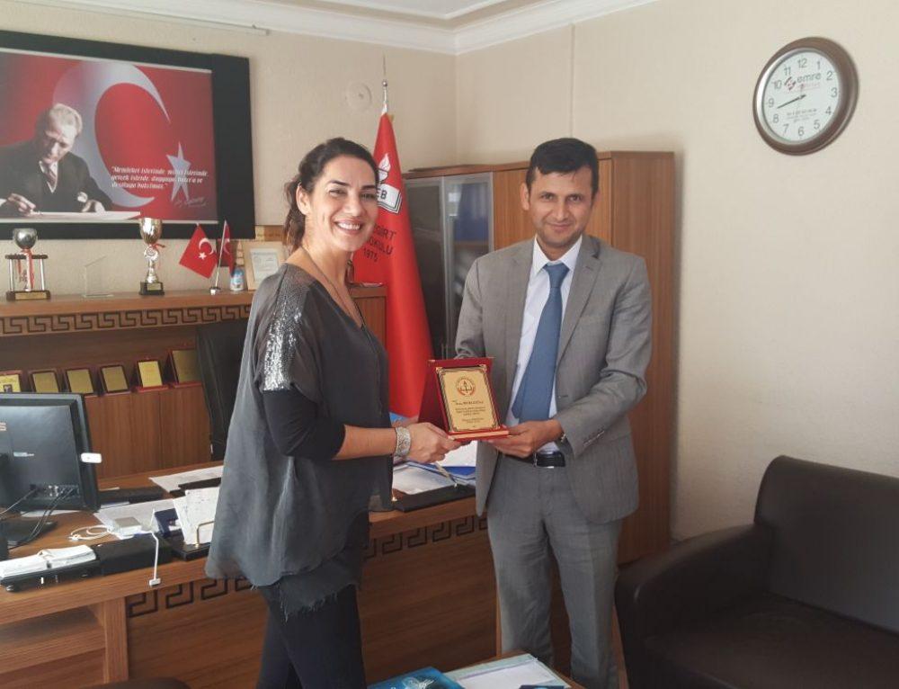 Adana Seyhan Malazgirt Okulu'nda Mutluluk Dağıttık ve Mutlu Olduk